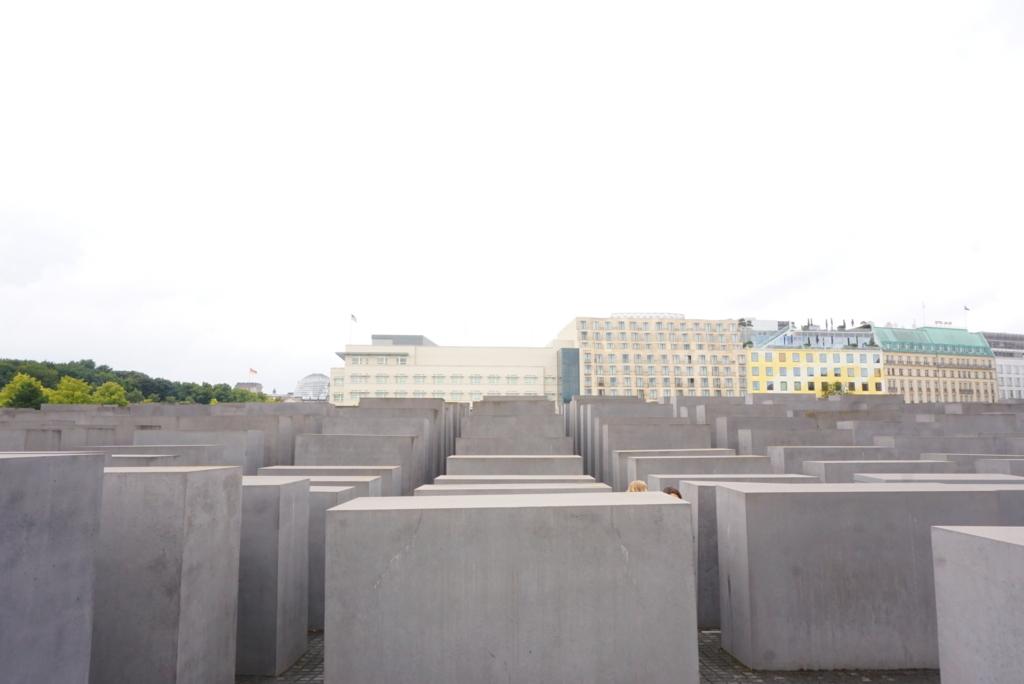 ベルリン観光ホロコースト記念碑