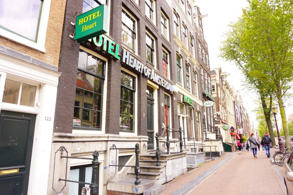 アムステルダム中心部ホテル