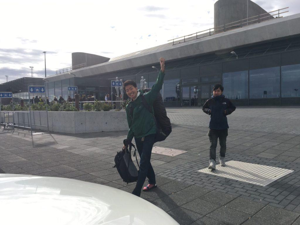 アイスランドレンタカー旅再会