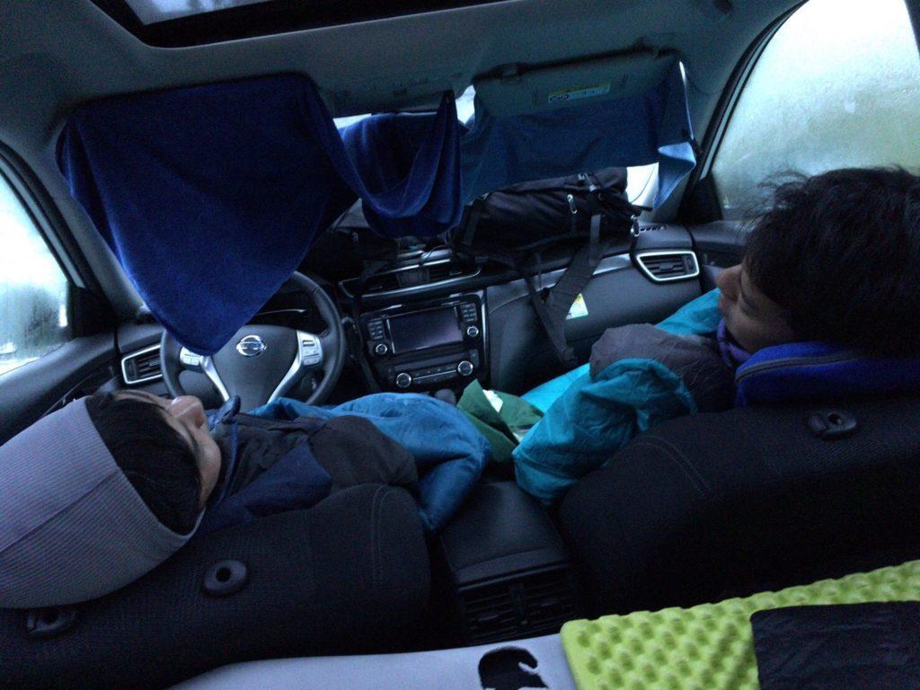 アイスランドレンタカー車中泊