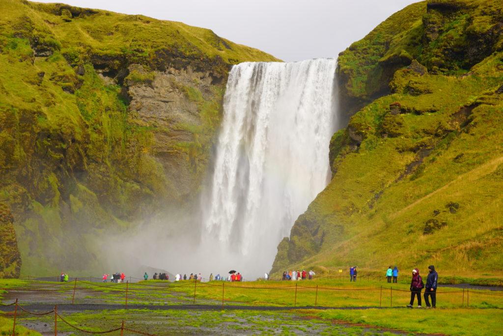 アイスランド虹の滝