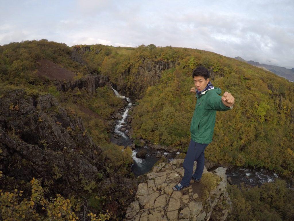 アイスランドスバルティフォスの滝