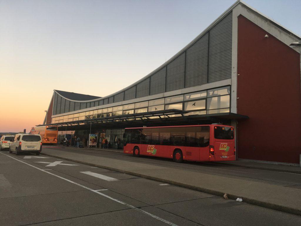 メミンゲン空港