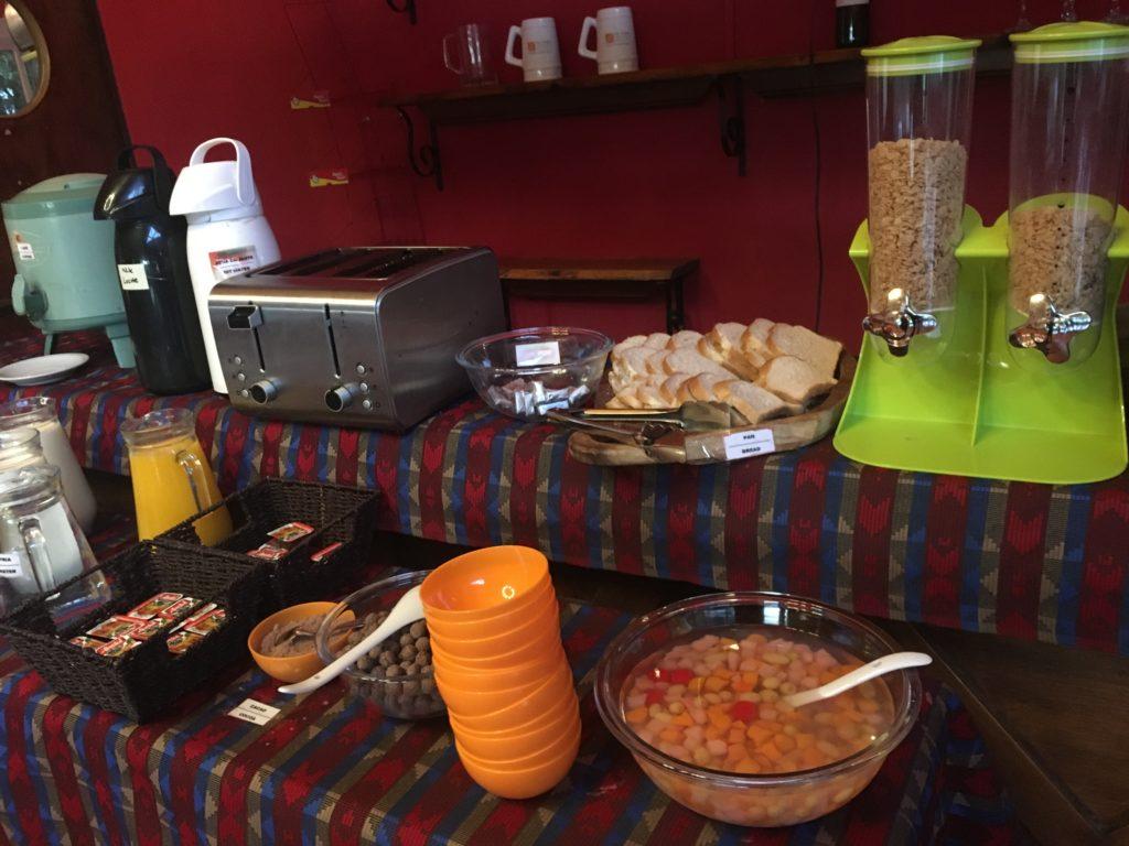 エルカラファテの安宿朝食